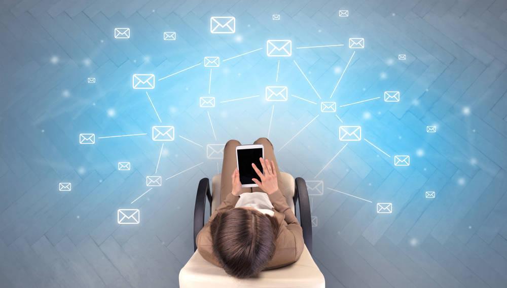 Las redes sociales, una oportunidad para la industria farmaceútica